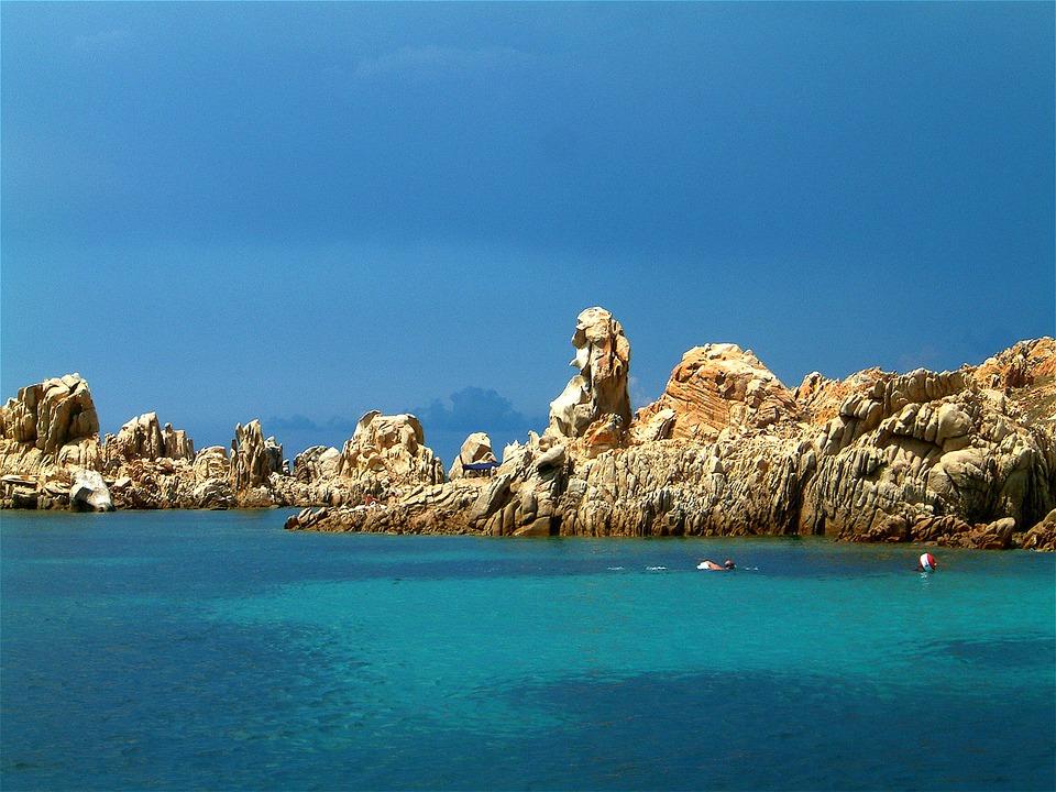 Viaggi low cost per la Sardegna.